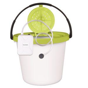 MOX5001180 300x300 - Flambeau 8 Qt. Insulated Minnow Bucket with Portable Aerator