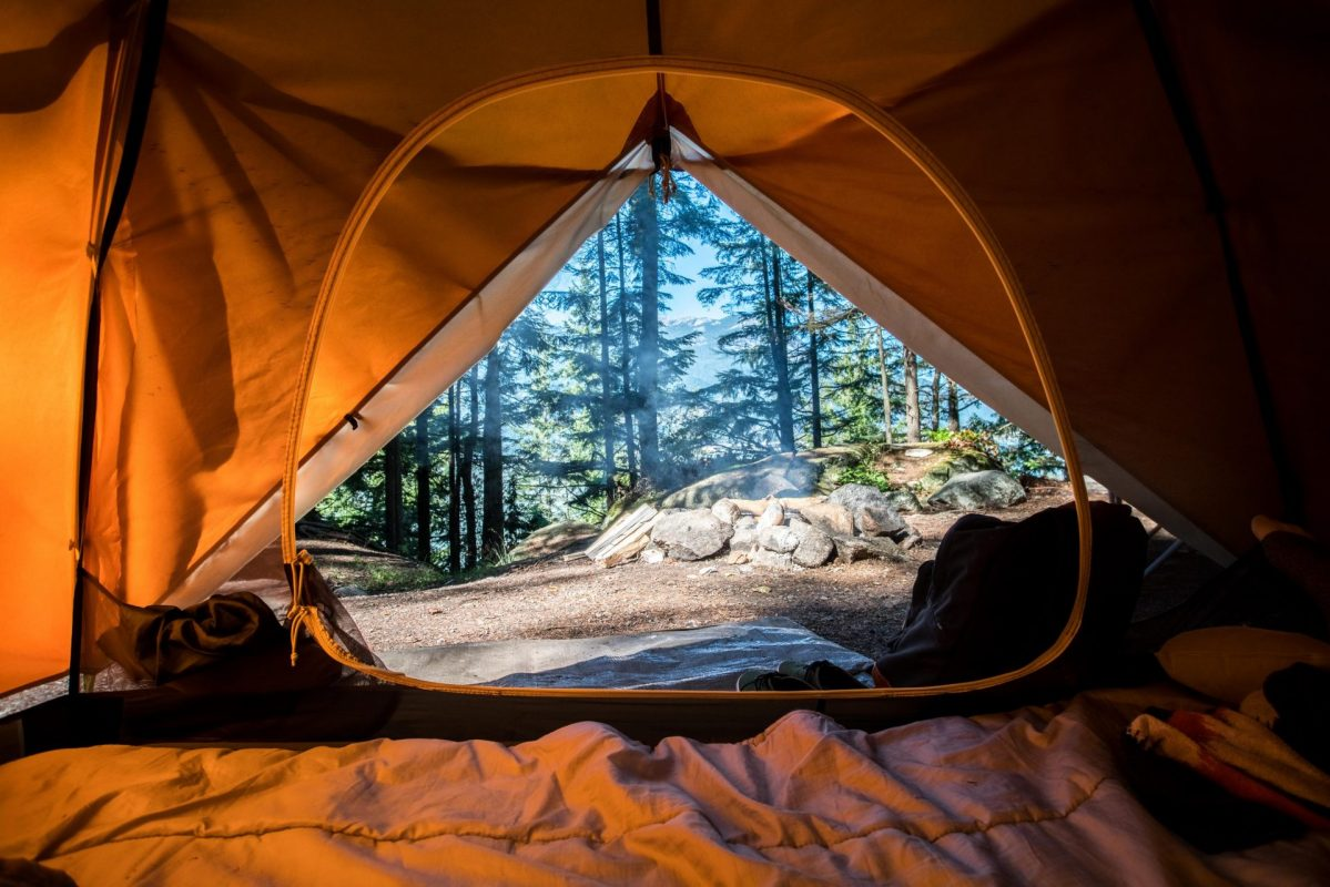 scott goodwill y8Ngwq34 Ak unsplash 1199x800 - 5 Packing Essentials for a Camping Trip - What to Know